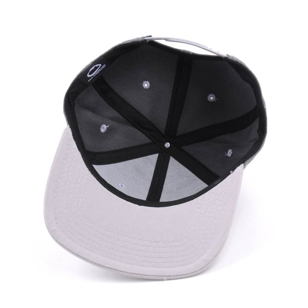 flat embroidery two color snapback hats custom