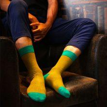 Plain color textured combed cotton men's socks-1