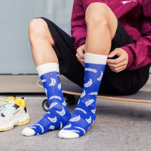 blue and white fresh feather patterned athletic crew socks-2
