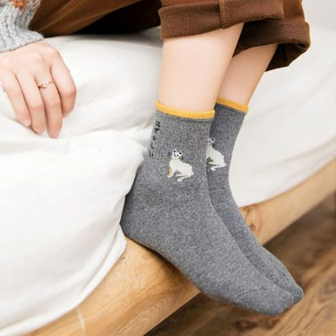 women's sweet and cute cat embroidery cotton socks-2